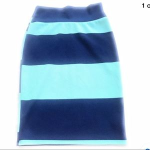 LulaRoe Cassie skirt blue green small knit